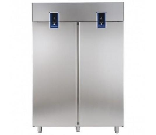 Холодильный шкаф 2 двери/ 2 камеры Electrolux Ecostore Premium ESP142FDF